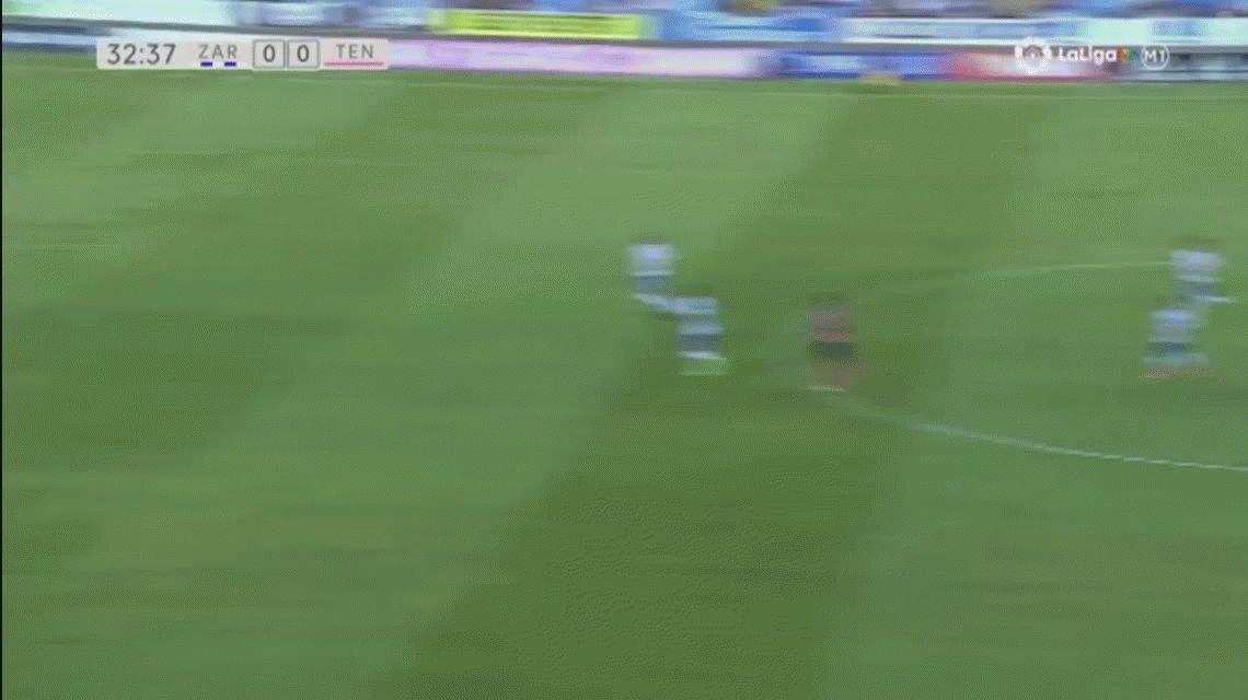 En su último partido, a Saja le hicieron un gol desde detrás de mitad de cancha