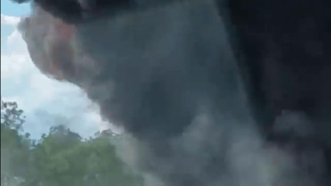 VIDEO: Un camión explota en un terrible choque en Florida