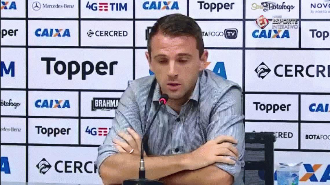 Walter Montillo se quebró al anunciar su sorpresivo retiro del fútbol