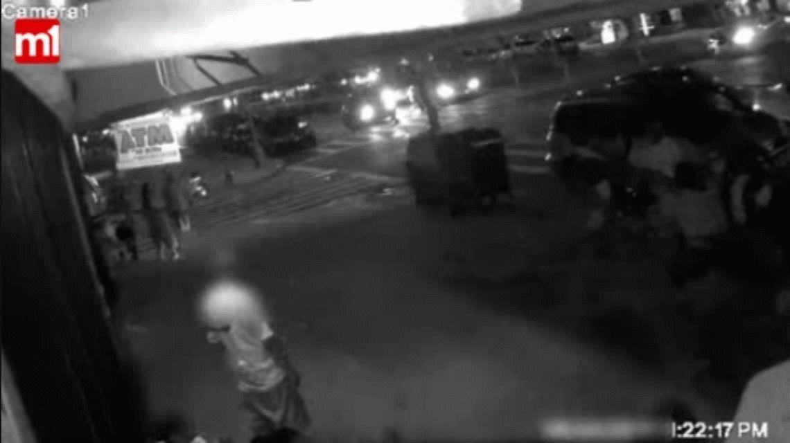 VIDEO: Golpearon a una mujer con un bate de béisbol y le cortaron la cara