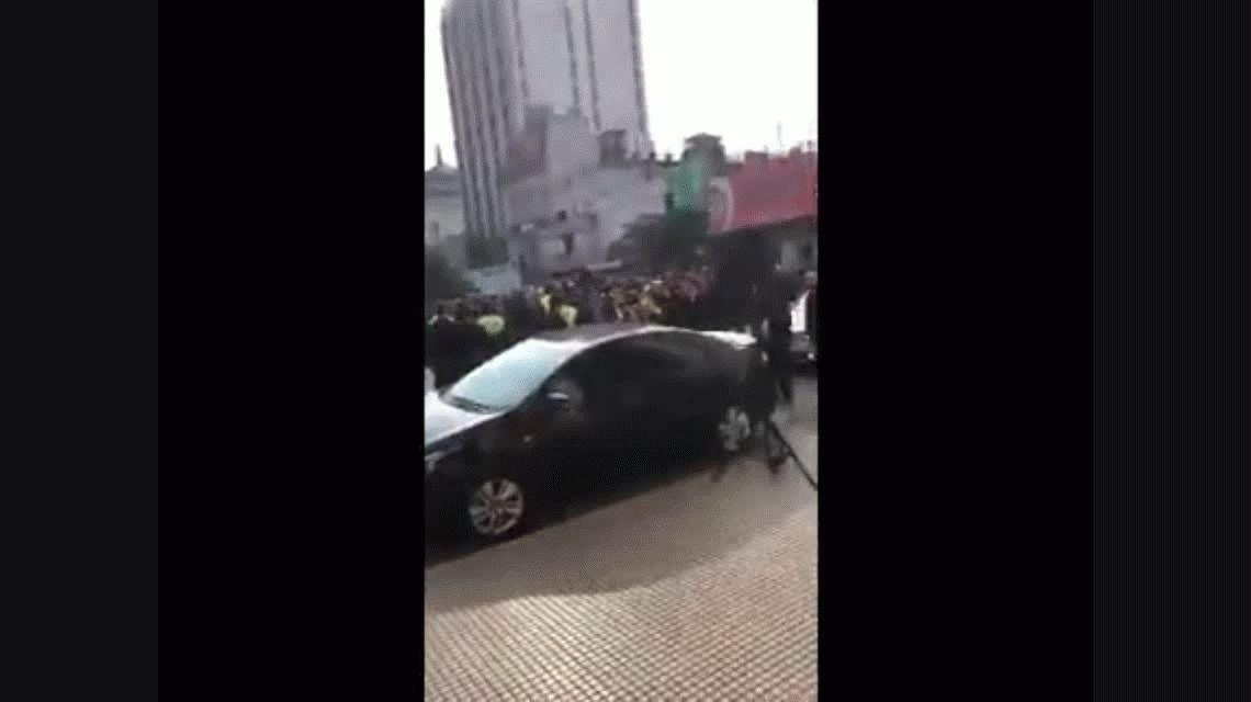 VIDEO: Insultaron a Michetti en medio el acto por el 9 de Julio
