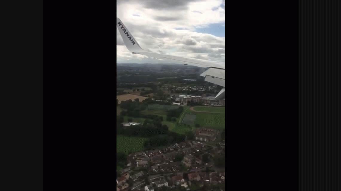 VIDEO: Pánico en un vuelo por un aterrizaje que casi termina en tragedia