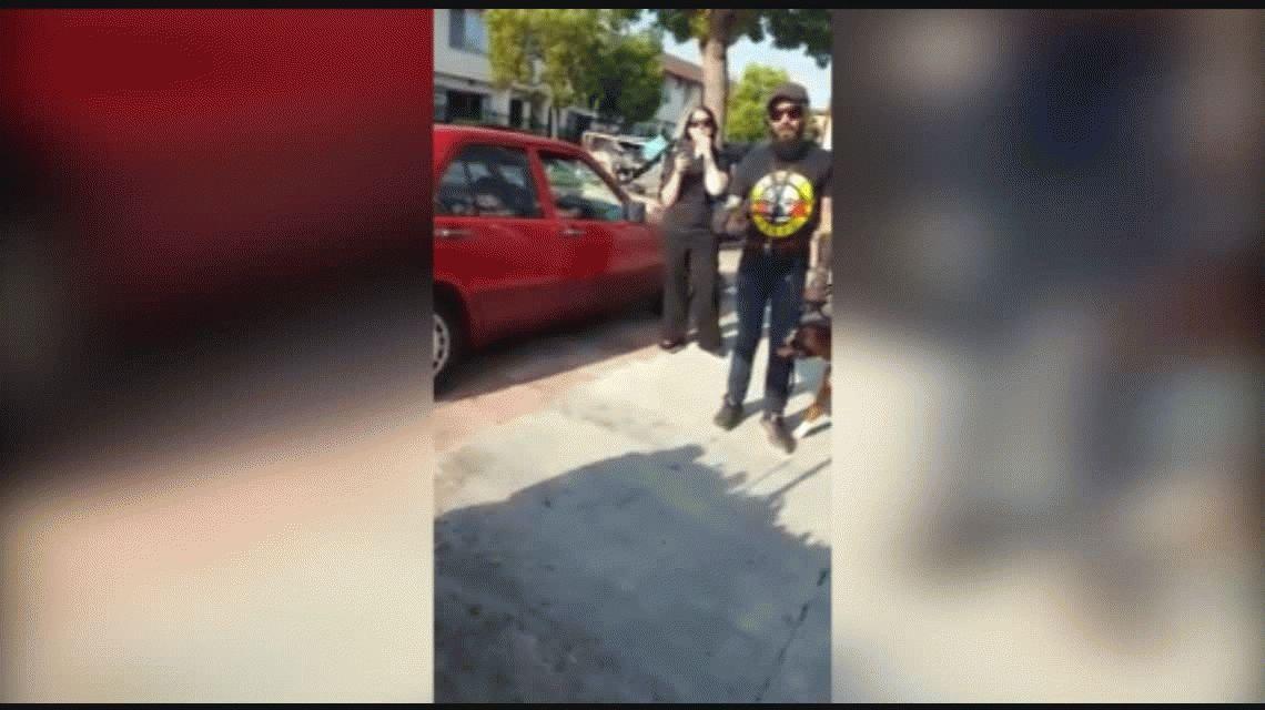 Cobarde agresión a un vendedor mexicano: No soy racista, soy argentino