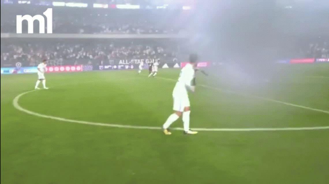 Impresionante: así se ve un partido de fútbol desde los ojos de un árbitro