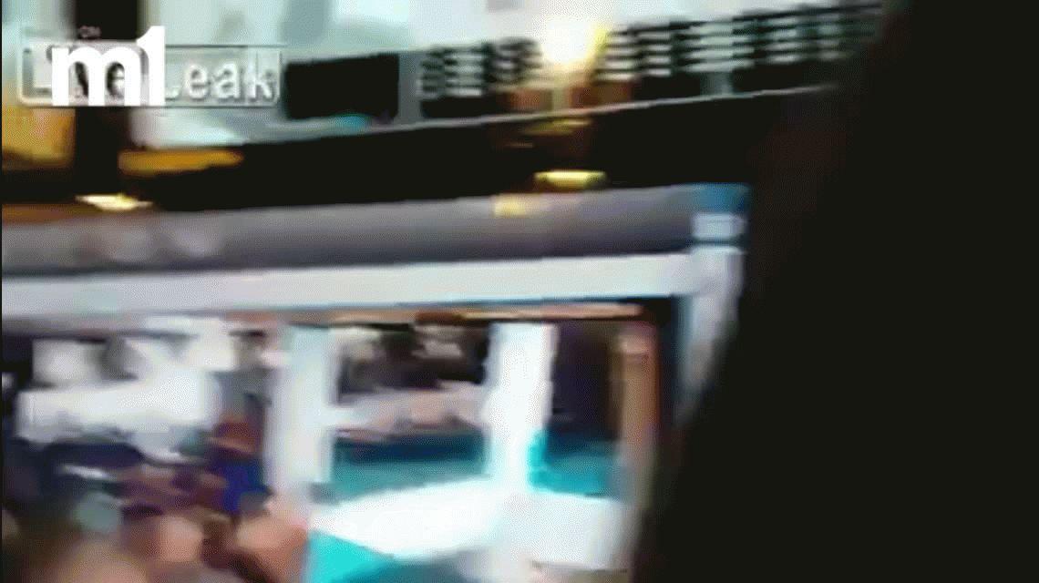 VIDEO: Intentó suicidarse en un shopping tirándose desde el tercer piso