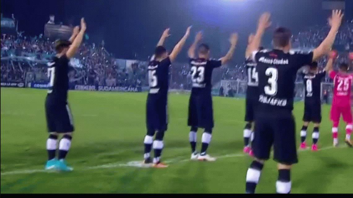 Atlético Tucumán le ganó a Independiente en la ida de los octavos de final