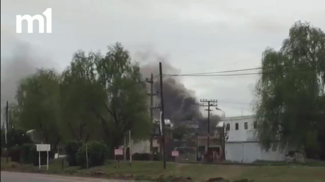 Se incendia una de las plantas de Molinos Río de la Plata