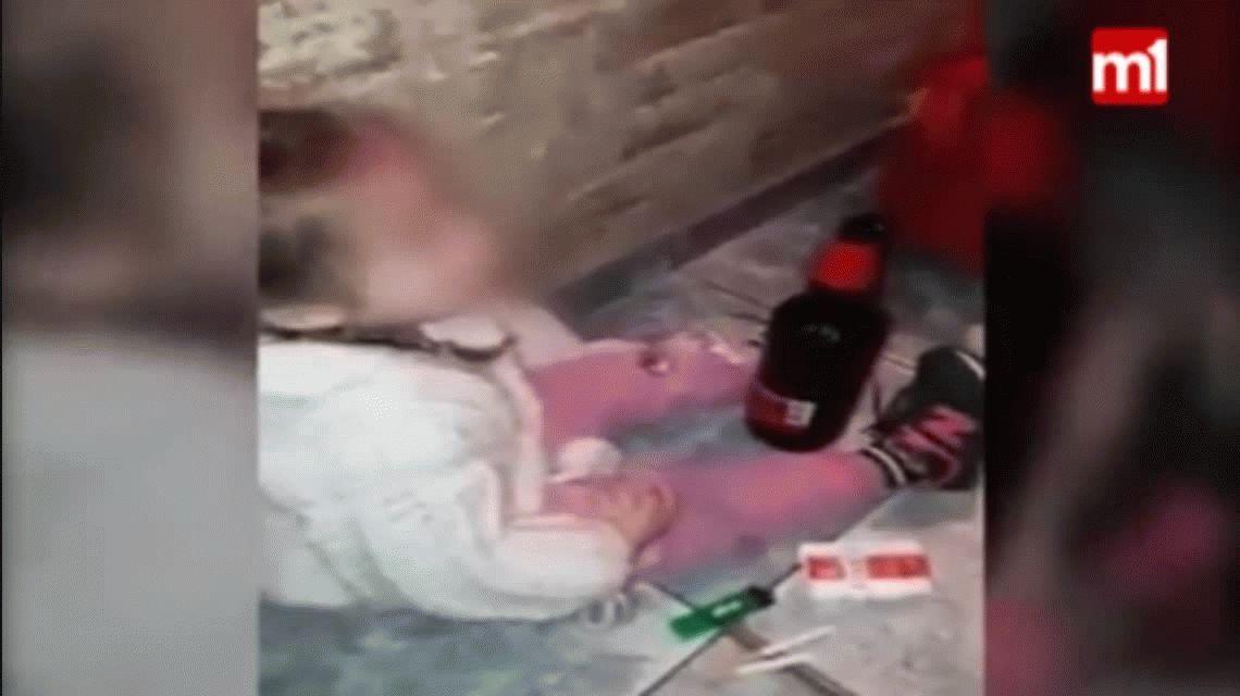 Indignación en Formosa: le dieron drogas, alcohol y cigarrillos a su hija de 4 años