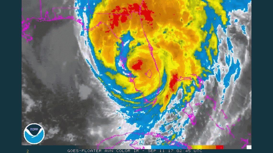 El huracán Irma bajó a categoría 1 y en horas se convertiría en una simple tormenta tropical