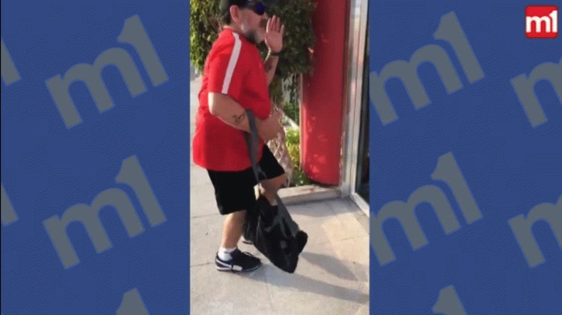 Sos Maradona y tu cuerpo lo sabe: el baile del 10 antes de entrar a trabajar