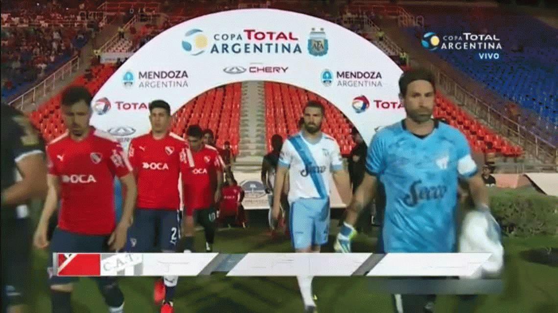 Independiente 1 - Atlético Tucumán 2 por los octavos de final de la Copa Argentina 2017:goles y estadísticas
