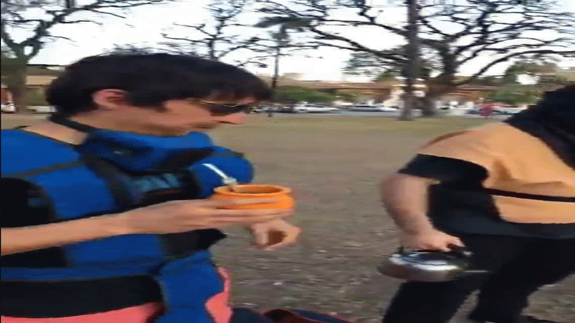 VIDEO: Los luchadores de Mortal Kombat se juntaron a toman mate e hicieron un picnic