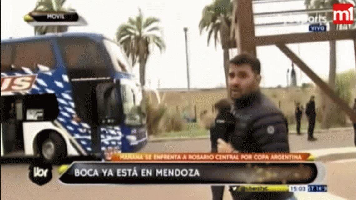Apedrearon el micro de Boca en su llegada a Mendoza