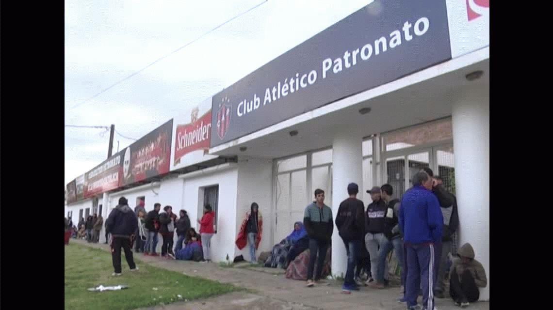 VIDEO: La arenga del hincha de Patronato para el partido con los porteños de Boca