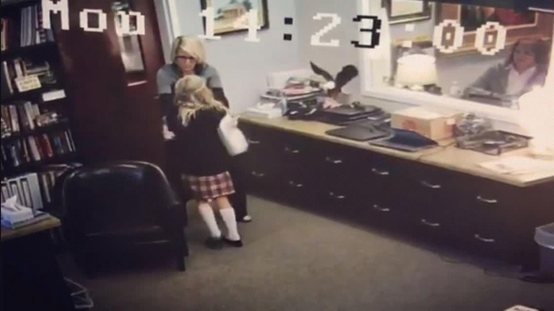 Emoción que contagia: la increíble reacción de una nena al enterarse que será adoptada