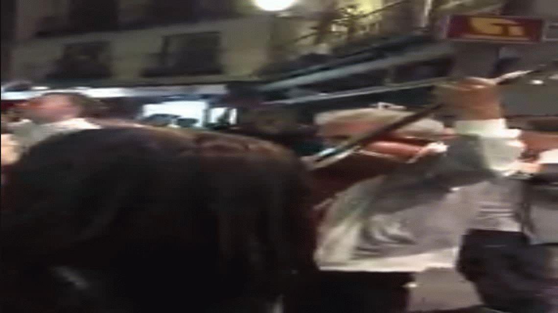 El pegadizo canto de los hinchas del Tottenham que invadió las calles de Madrid