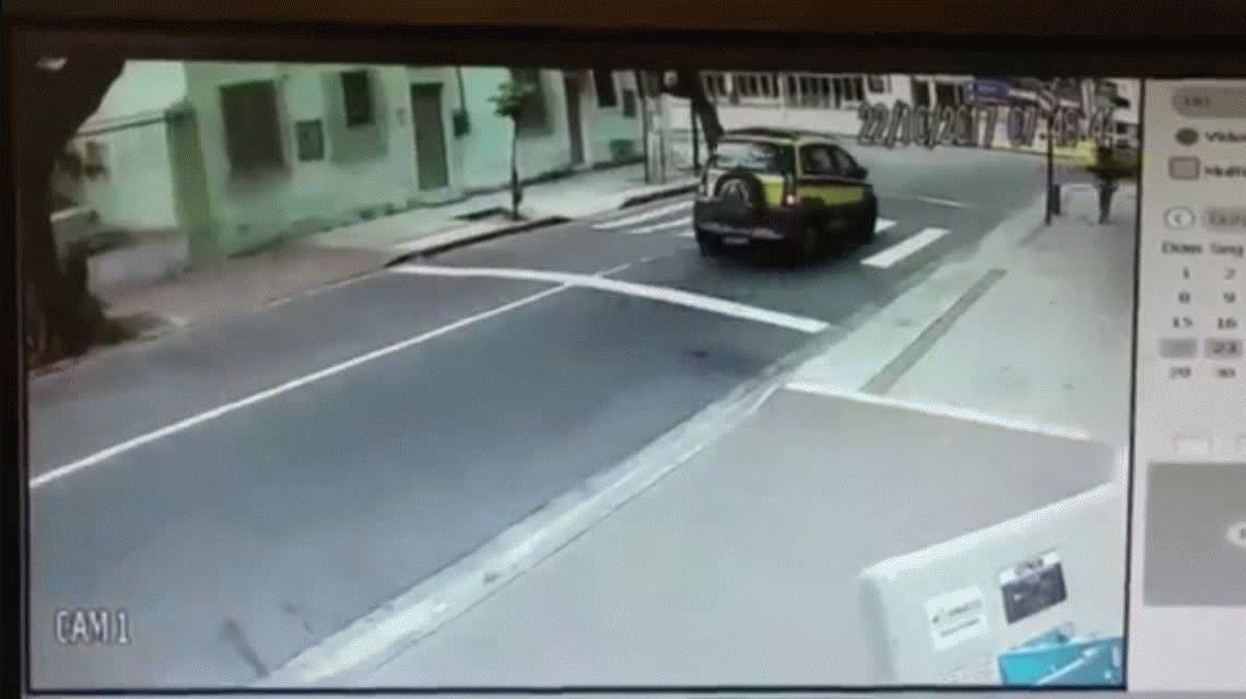 Un arquero del Botafogo sufrió un violento robo en las calles de Río: mirá el video