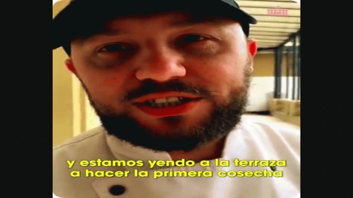 Lechuga y rabanito: Macri comió por primera vez ensalada de la huerta de la Casa Rosada