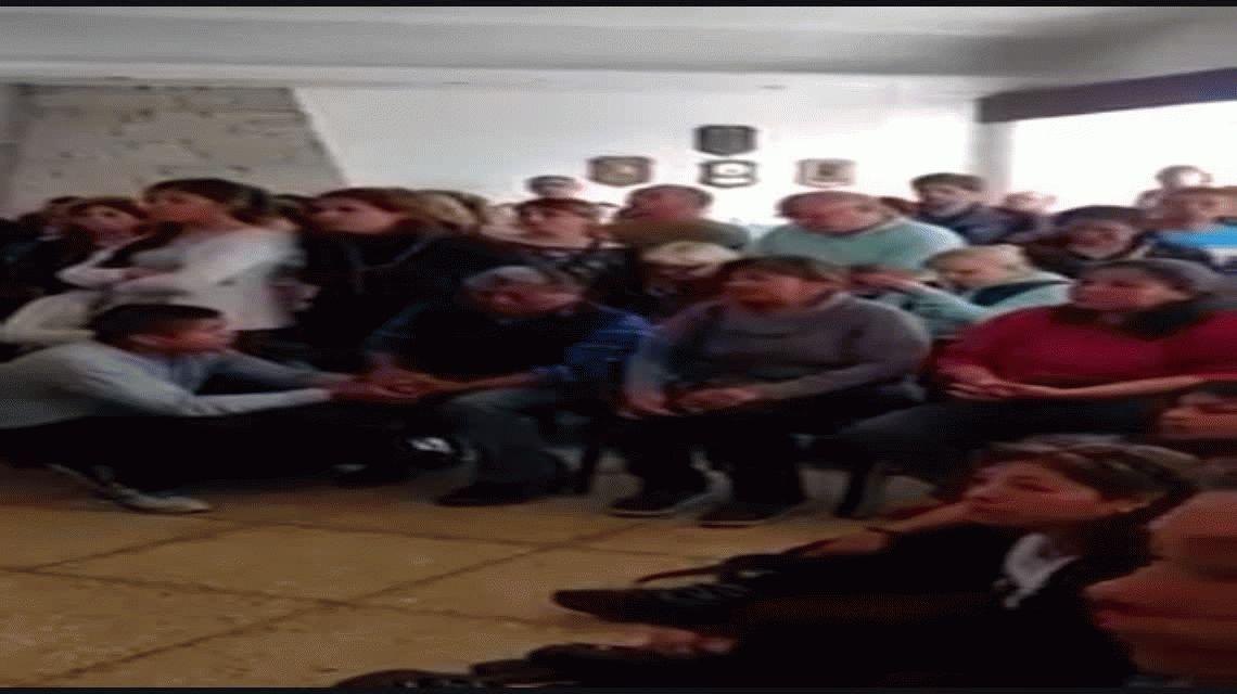 Familiares de los tripulantes del ARA San Juan increparon a Aguad