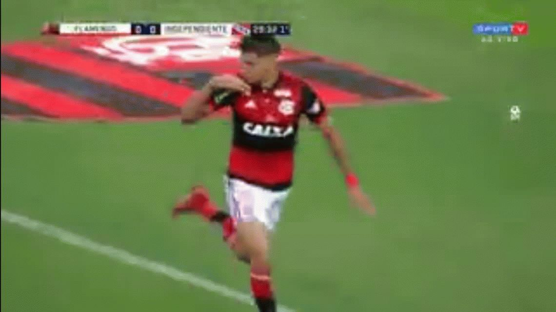 El gol de Paquetá que igualaba la serie para el Flamengo