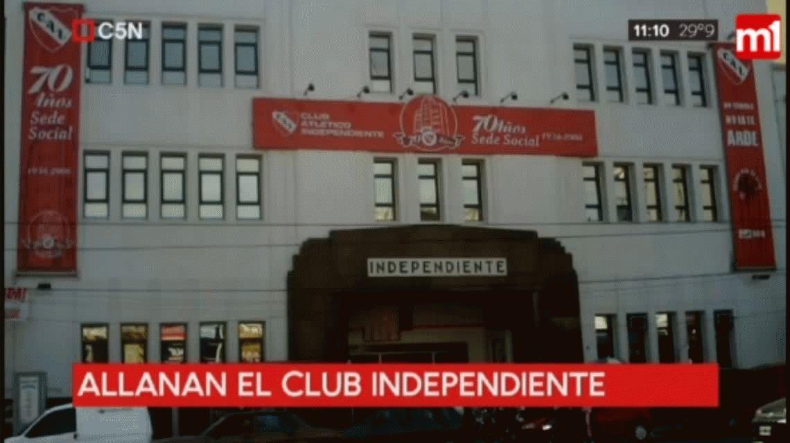 Allanaron la sede de Independiente por lavado de dinero y conexión con la barra