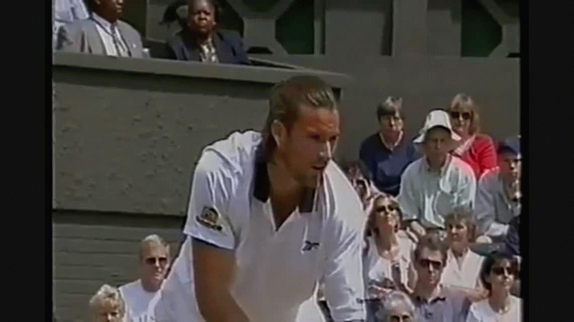 Escándalo: el ex tenista Boris Becker entregó una raqueta falsa en una subasta benéfica