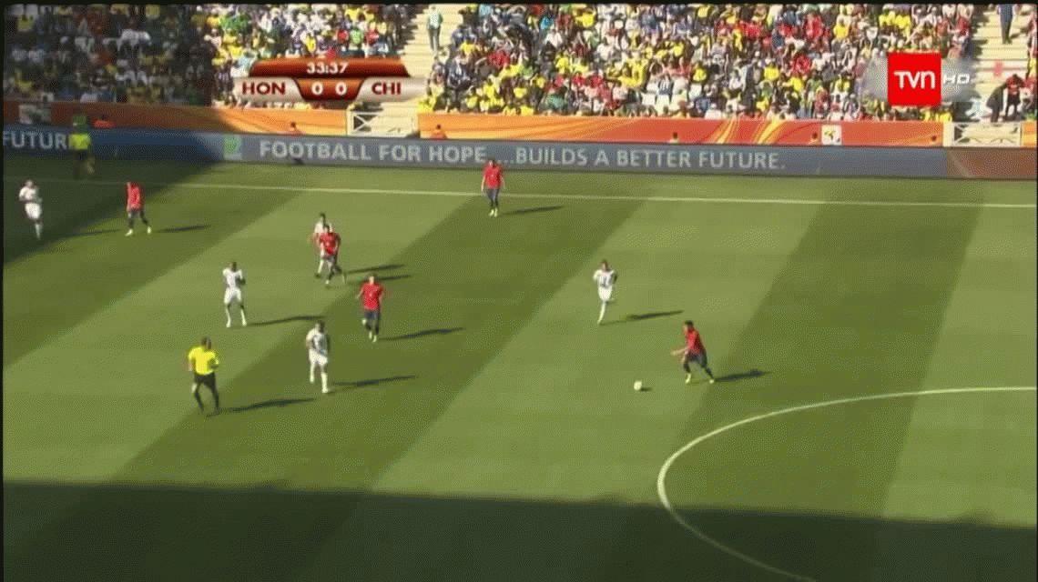El nuevo deseo de Holan para Independiente: el chileno Jean Beausejour