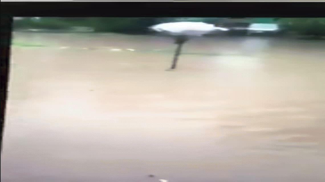 Dos personas murieron durante la tormenta en La Plata