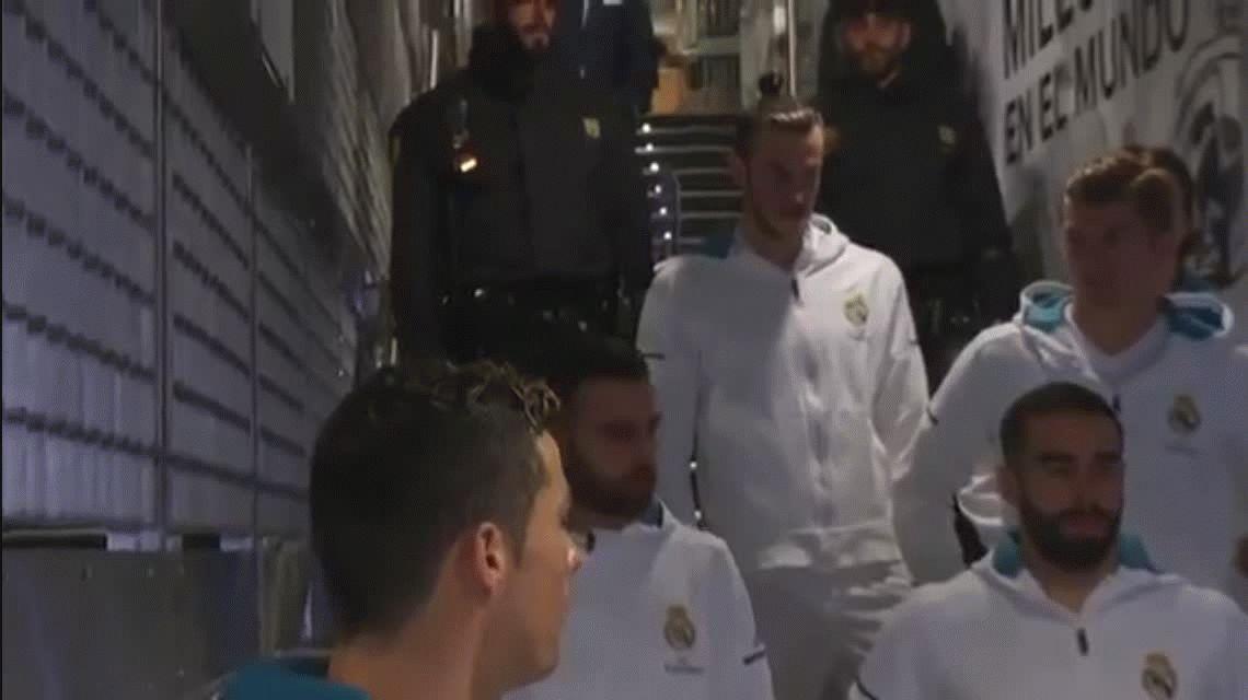 Cristiano Ronaldo le rompió la ilusión a un nene y quedó escrachado: Messi es malo