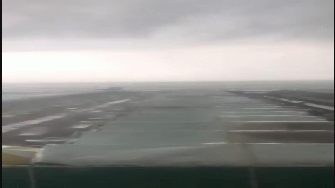 Un intenso temporal de lluvia y viento en Mar del Plata barrió a todos de la playa
