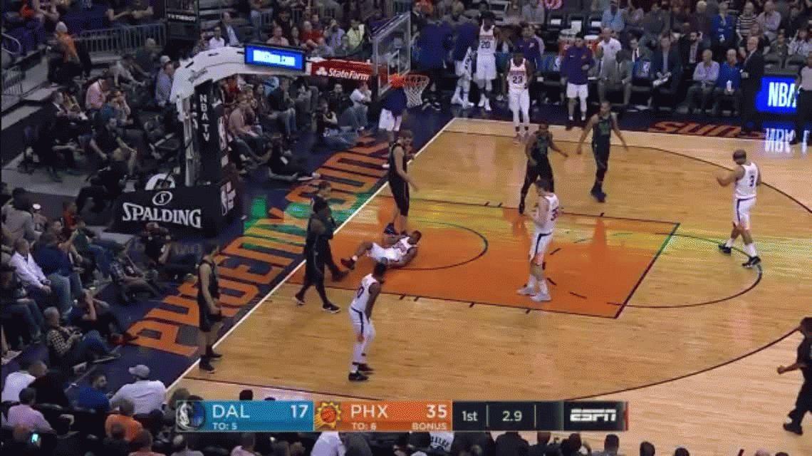 Espeluznante: Isaiah Canaan se fracturó el tobillo en la NBA