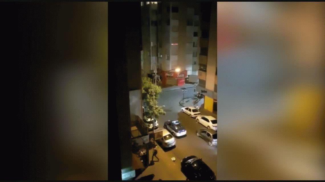 VIDEO: Así fue el tiroteo entre policías y delincuentes en pleno centro de Córdoba