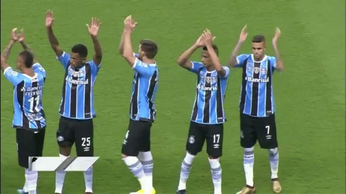 Independiente aguantó con diez pero Gremio le ganó en los penales y es campeón de la Recop
