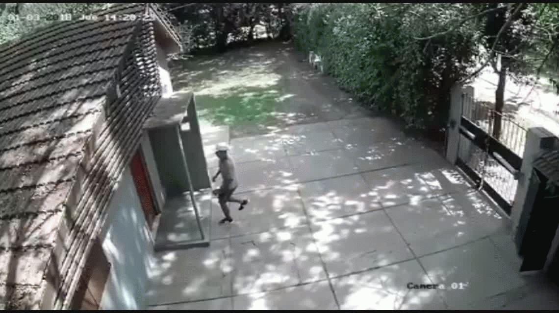 A plena luz del día: así entran los ladrones a robar a las casas en Pilar