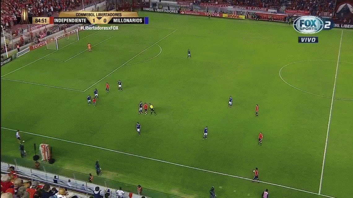 Insólito: cobran lateral mal sacado dos veces seguidas en el Independiente - Millonarios