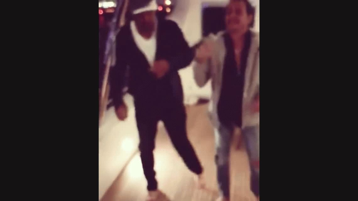 Will Smith aprende a bailar salsa con Marc Anthony y el video se vuelve viral
