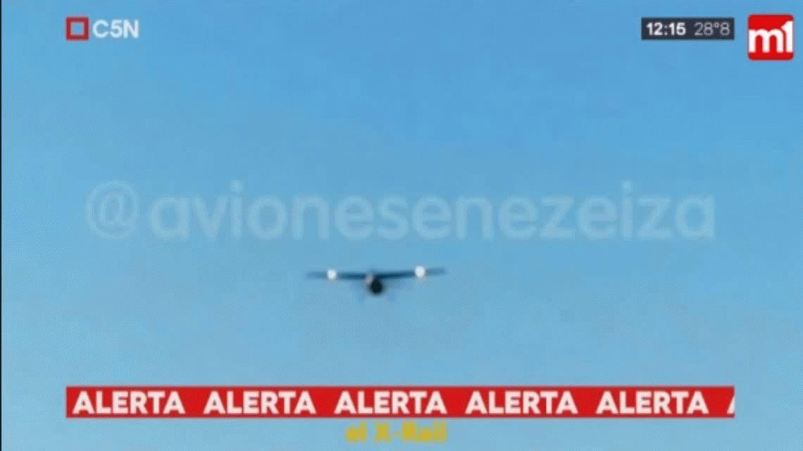 VIDEO Susto en Ezeiza: un avión iba a aterrizar, pero había otro en la pista