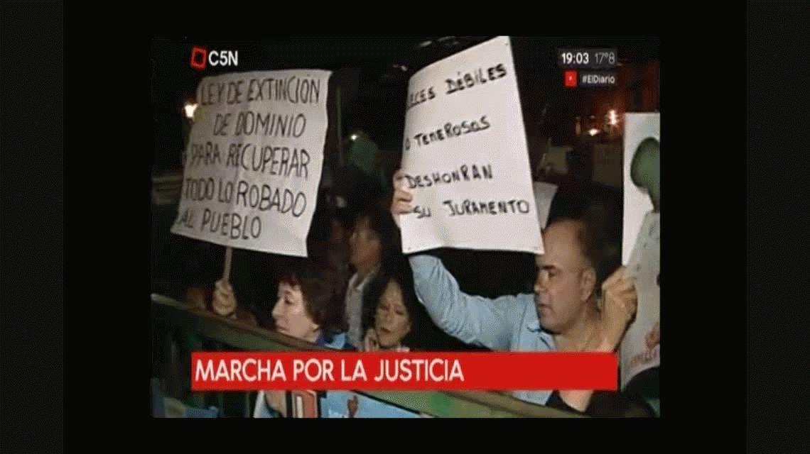 Marcha contra la Justicia: una multitud se reunió en Tribunales