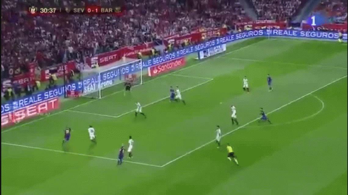 El golazo de Lionel Messi en la paliza del Barcelona al Sevilla