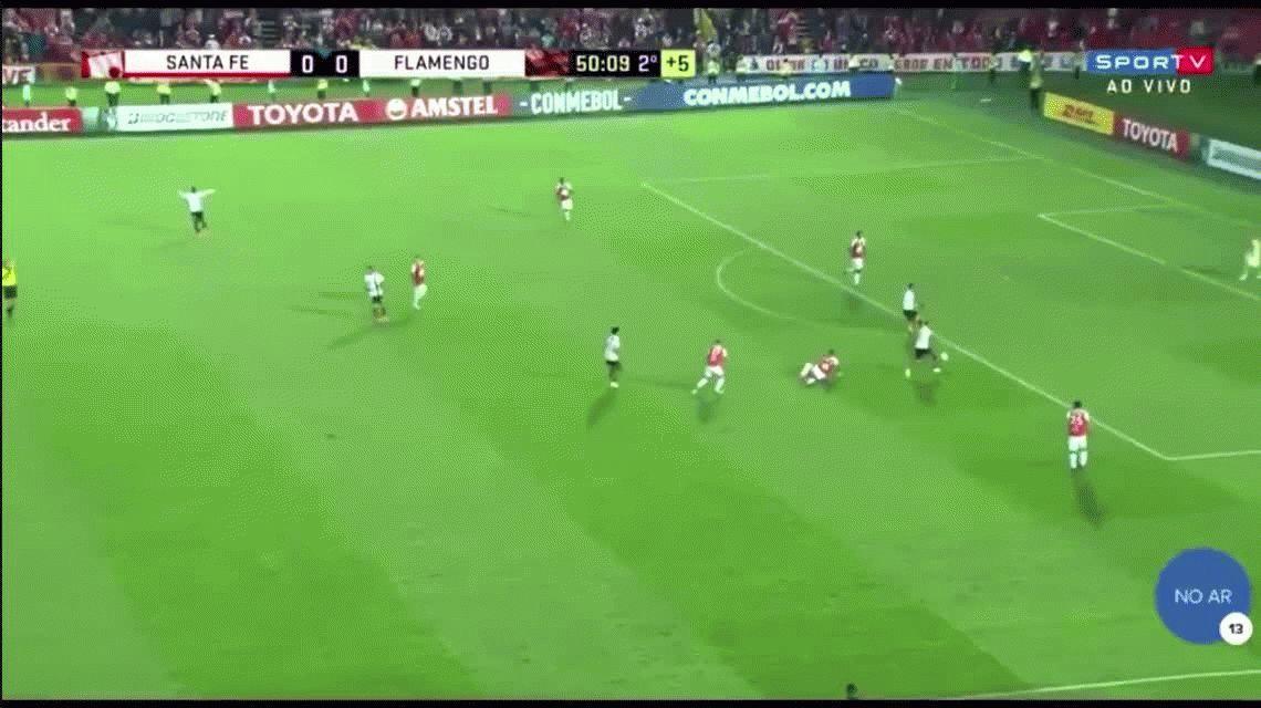 ¡Increíble! El árbitro terminó el partido cuando estaban por hacer un gol