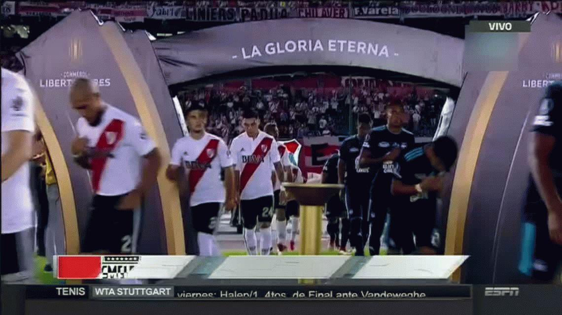 Copa Libertadores: River se impuso a Emelec en el Monumental y quedó primero en el grupo