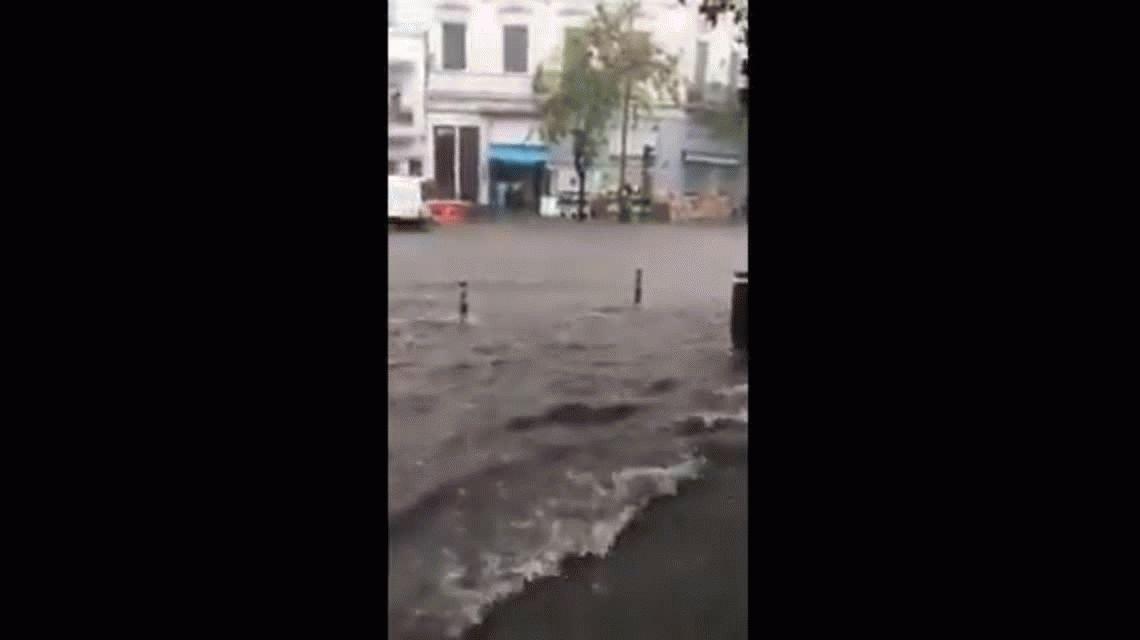 VIDEO: Con granizo y fuerte lluvia, La Plata fue la primera parada de la tormenta