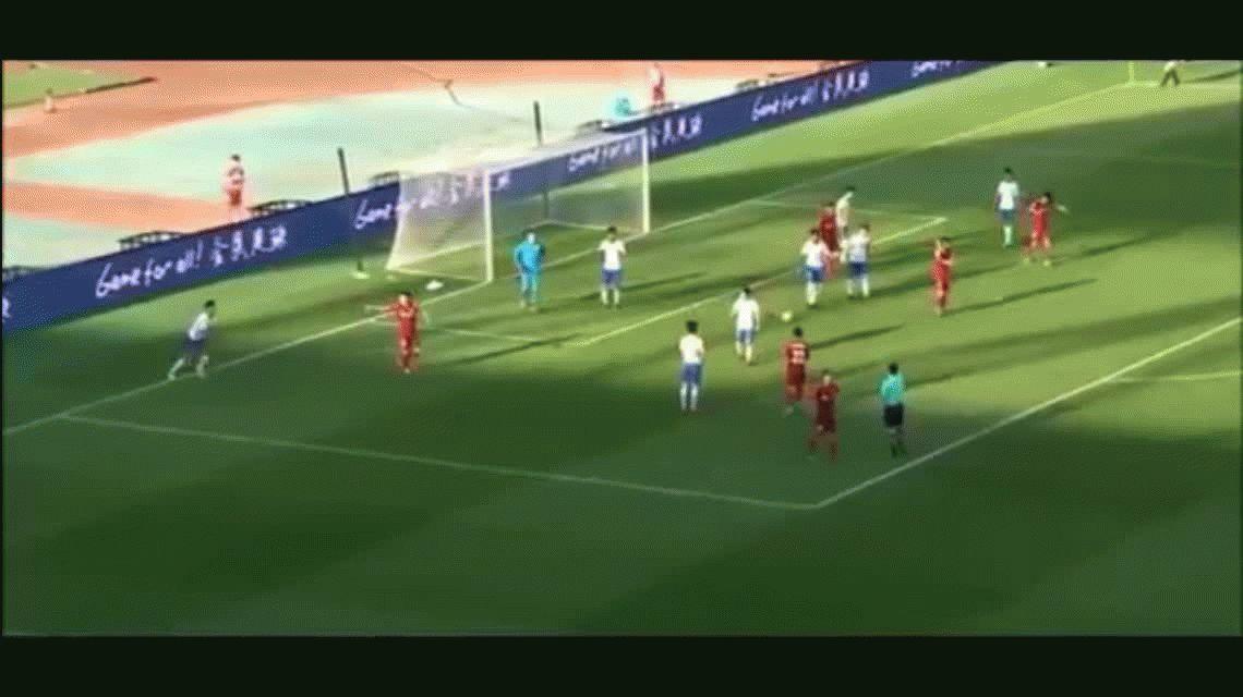 No se convirtió en héroe: Mascherano hizo un gol en China, pero su equipo fue eliminado