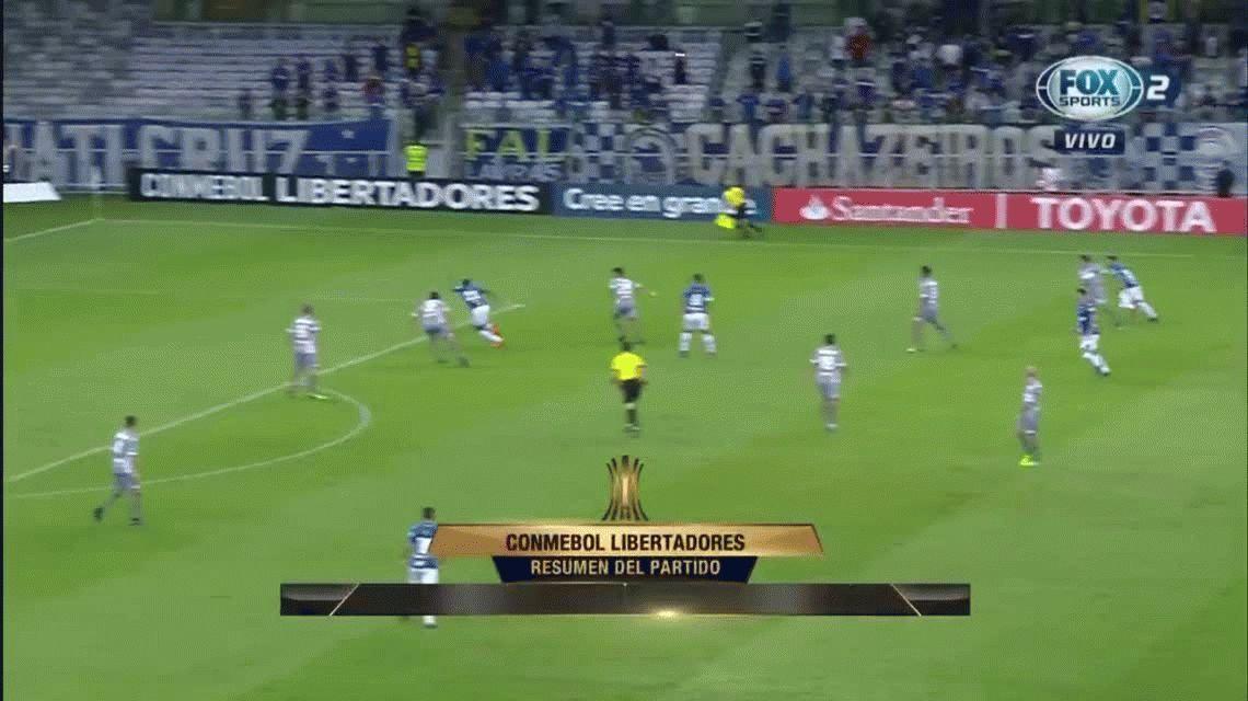 Racing perdió en Brasil con Cruzeiro y quedó segundo en su grupo