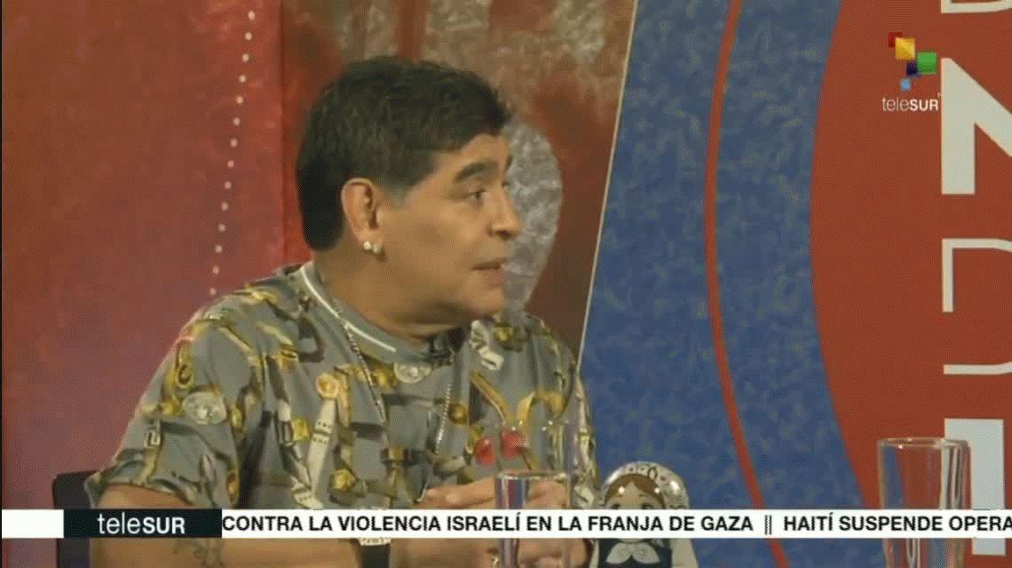 Diego Armando Maradona con Evo Morales