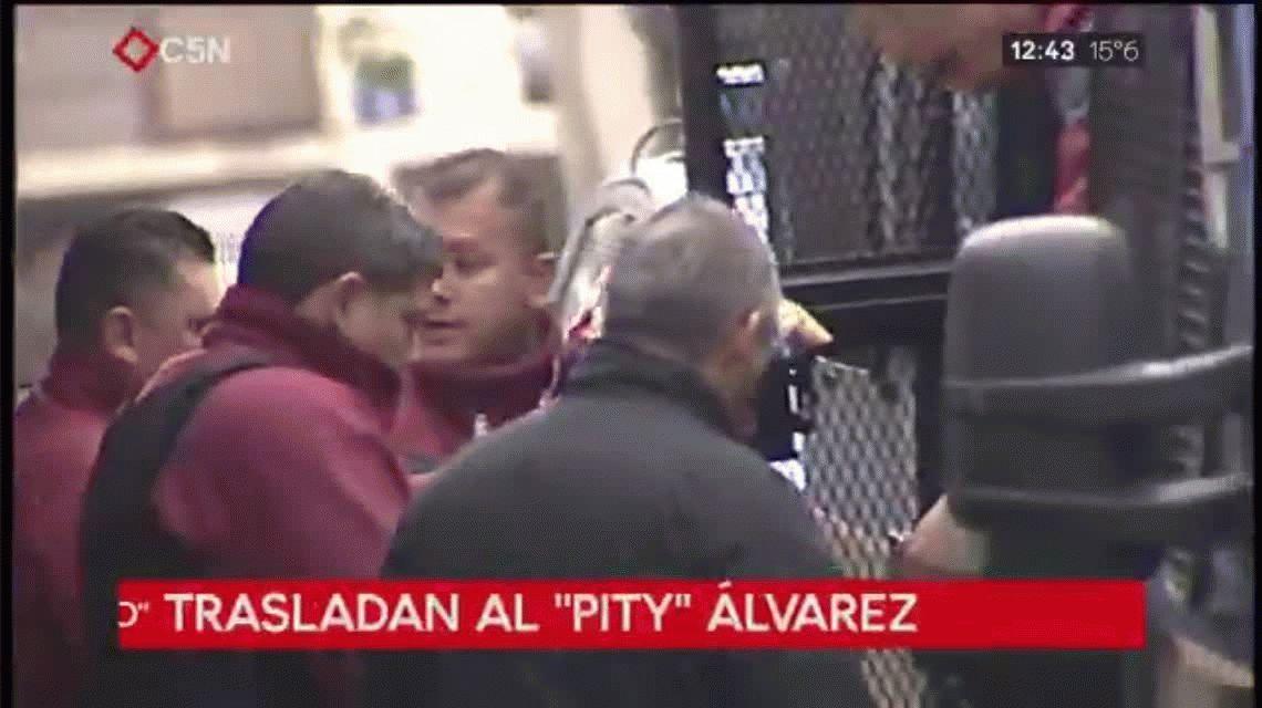Tras la confesión en la comisaría, trasladaron al Pity Álvarez a Tribunales
