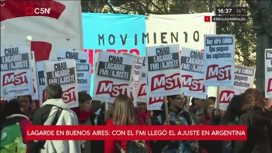 Organizaciones de izquierda realizaron una marcha contra la estadía de Lagarde al país