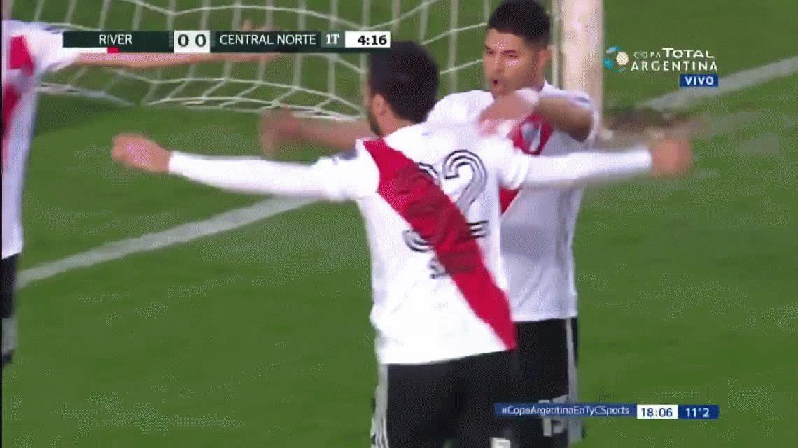 VIDEO: El golazo de Scocco, el primero de River en la temporada