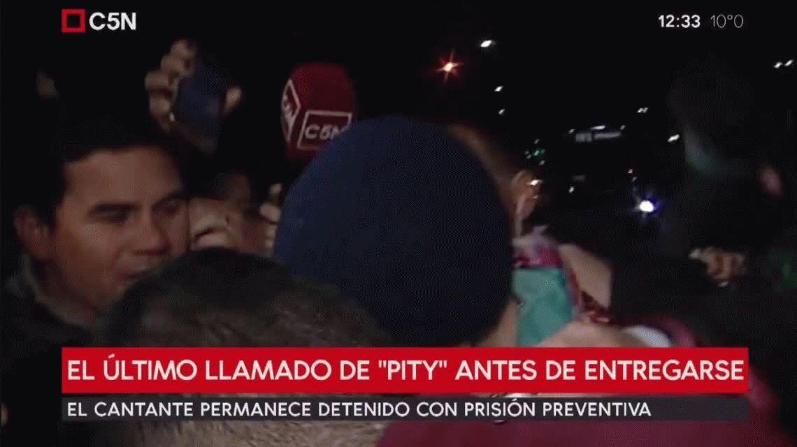 El último llamado de Pity Álvarez antes de entregarse: Por un gil, un terrible artista se va