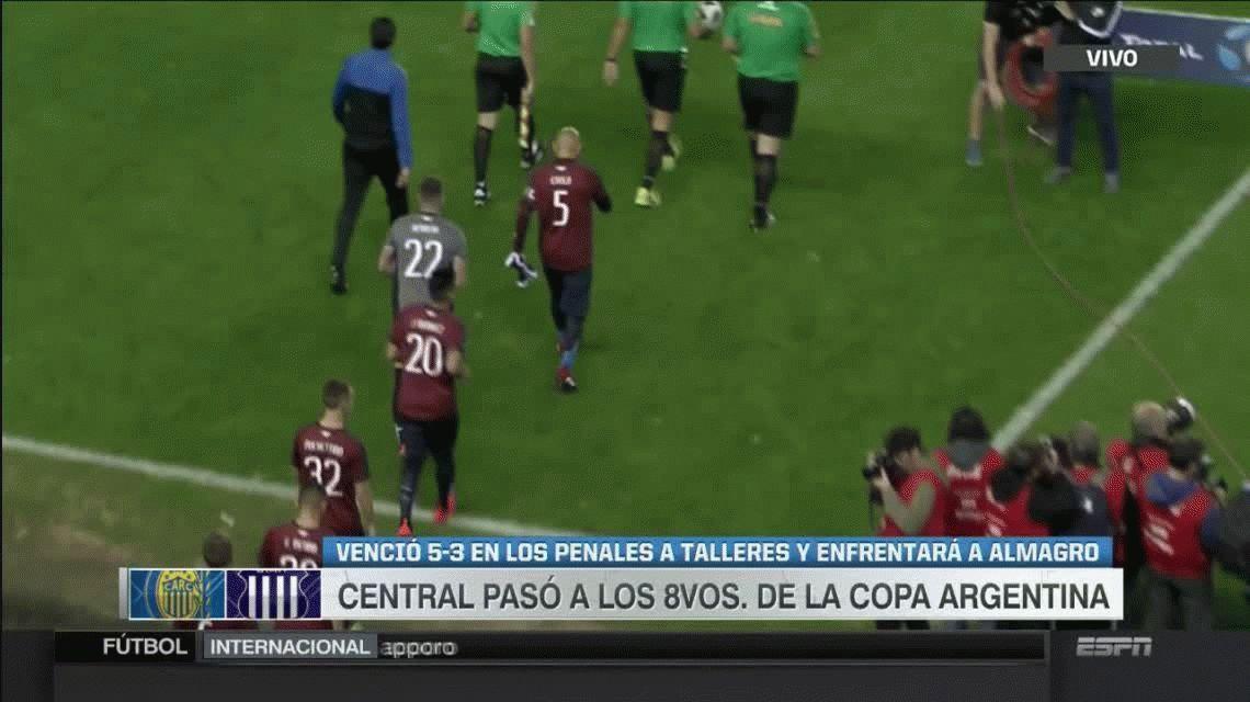 Rosario Central derrotó a Talleres y se metió en octavos de final